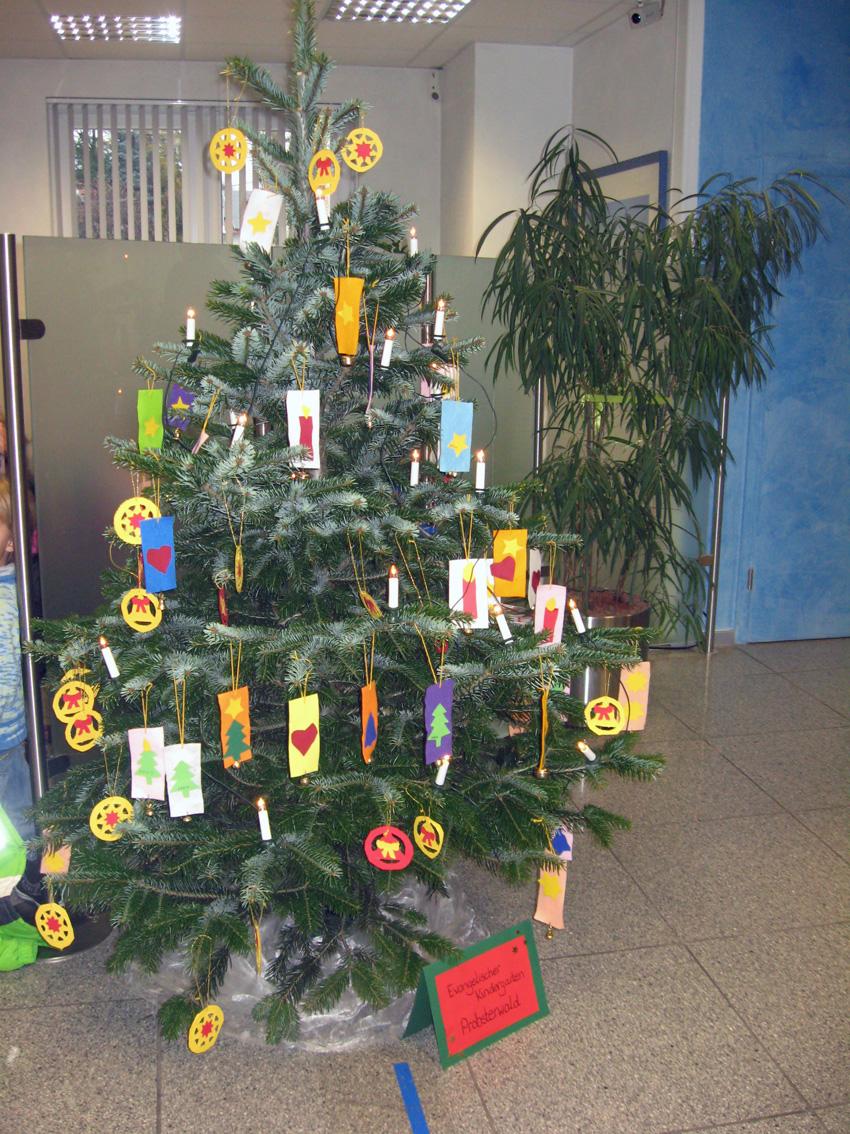 Wann Wurde Der Geschmückte Weihnachtsbaum Populär.Weihnachtsgruß Aus Dem Kindergarten Probsterwald